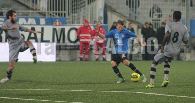 Dickmann segna all'Alessandria