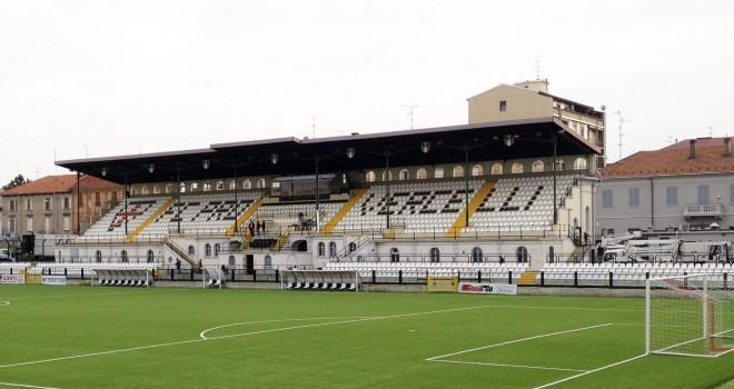 Pro Vercelli-Bari: le formazioni ufficiali. Sorpresa in difesa
