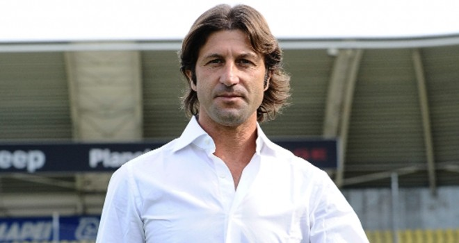 Serie A. Salta la prima panchina: a Cagliari si cambia guida tecnica