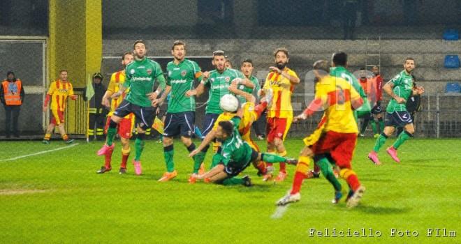 Lega Pro. C: giornata di derby, il clou sabato a Cosenza