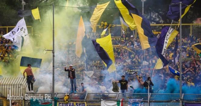 """Juve Stabia, rinnovato l'invito al """"Menti"""" per le scuole calcio"""
