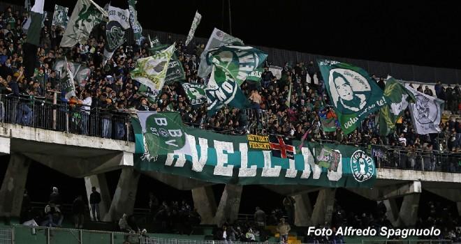 Avellino - Salernitana 2-3: disastro irpino, remuntada granata