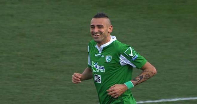 Castaldo piace al Foggia. Il bomber nella lista del ds Di Bari
