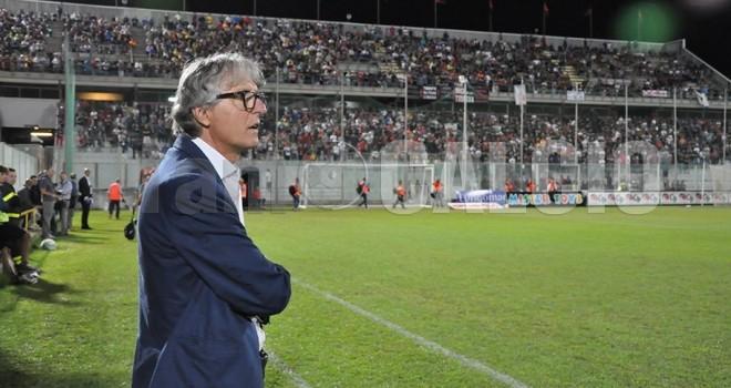 Taranto: a sorpresa esonerato Aldo Papagni
