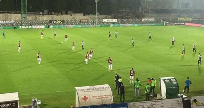 """La Salernitana pareggia ad Ascoli: reti inviolate al """"Del Duca"""""""