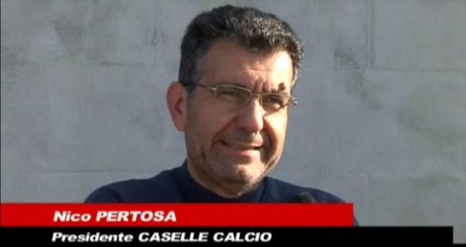 Caselle, Pertosa sbotta: «Non so quanti dei 25 giocatori resteranno»
