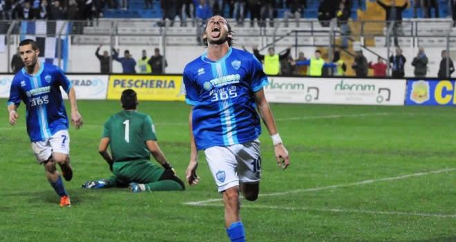 Virtus Francavilla - Matera finisce 2-2: gara vivace con due espulsi