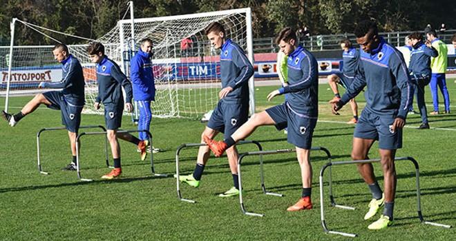 "La Sampdoria in visita ai bimbi del ""Gaslini"""