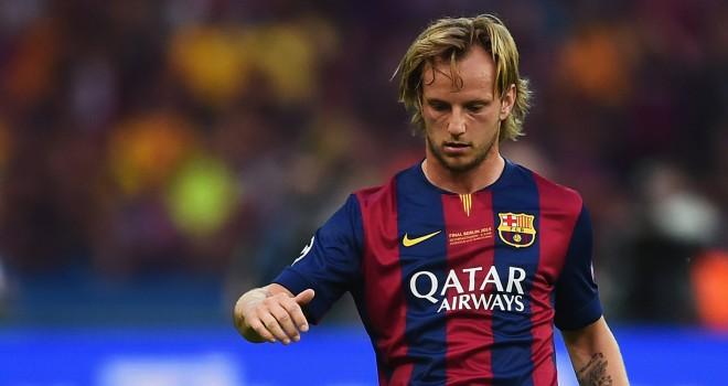 Juventus, niente Rakitić: il centrocampista rinnova con il Barça