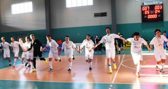 TdR - Calcio a Cinque: Juniores, 1a giornata pirotecnica