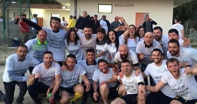 Il Real Laura festeggia la promozione in Seconda Categoria