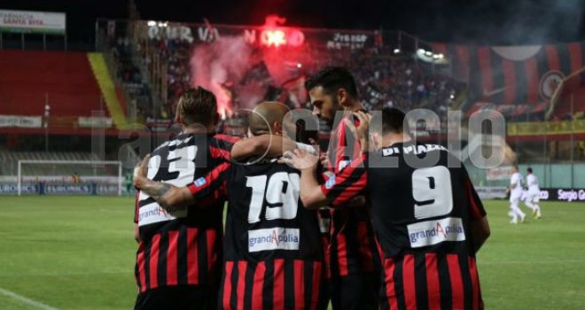 Foggia, vittoria nel segno di Mazzeo: stesa la Cremonese 3-1