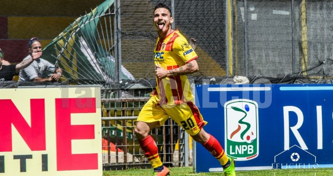 "Serie B. La ""Top 5 Gol"" vede il dominio del Benevento: in 2 sul podio"