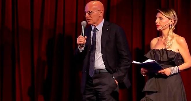 """Sacchi: """"Sarri ha già vinto e meriterebbe il titolo. Ad Allegri..."""""""