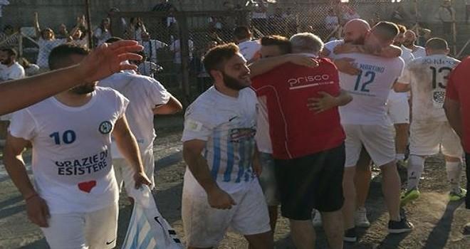 Festa promozione per lo Sporting Battipaglia, Tempalta k.o. in finale