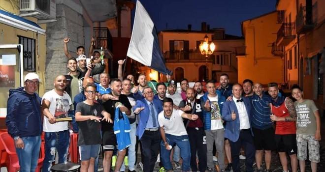 Andretta - La Rocca: irpini in Seconda ma impazza la polemica