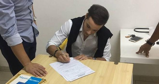 Giovanni Dora firma per il Roccanova