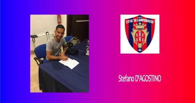 D'Agostino al momento della firma