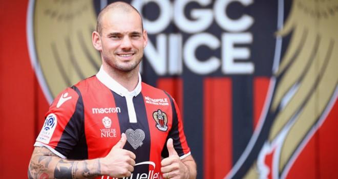 """Sneijder si presenta a Nizza: """"Non temo il Napoli. Odio..."""""""