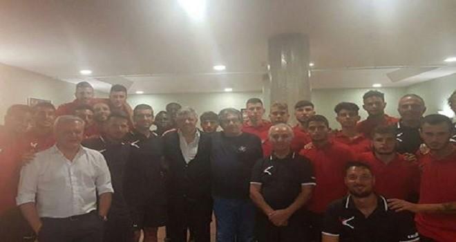 Campobasso:  Marco De Lucia visita il ritiro. Con lui anche Aliberti