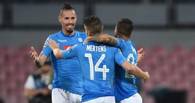 Il Napoli passeggia contro il Feyenoord, in gol i tre tenori azzurri