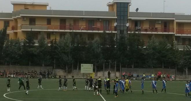 """Pink-Napoli 1-0, sotto la pioggia decide un """"lampo"""" di Anna Serturini"""