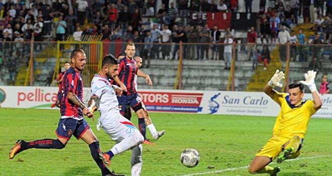 Casertana-Catania:De Marco fa esultare i campani, Catania KO