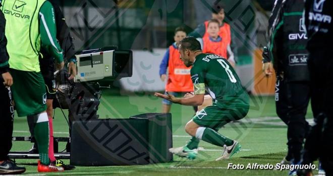 Avellino - Venezia 1-1: D'Angelo riprende Moreo