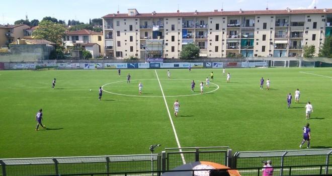 Fiorentina-Pink 2-1, sconfitta con onore; nel finale brividi ai viola