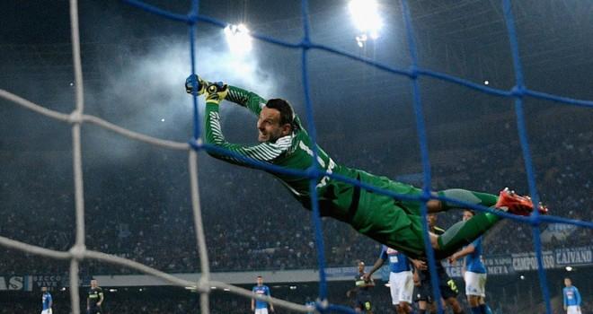Napoli-Inter, il sondaggio dei tifosi premia Samir Handanovic