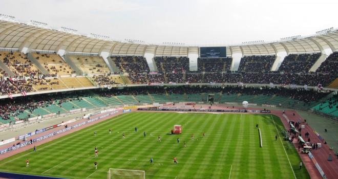 """Bari-Foggia sarà il """"lunch match"""" della 16a giornata"""