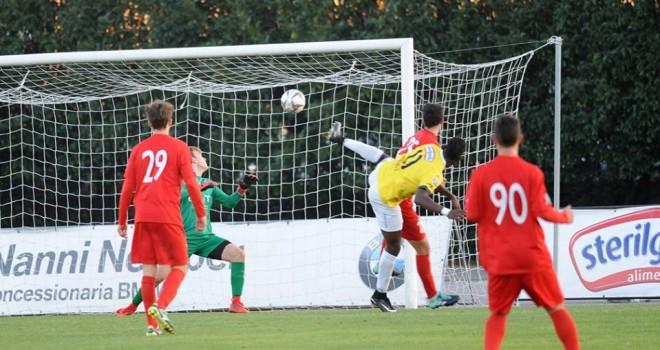 Il gol di Barwuah (foto Giordano)