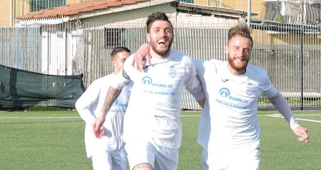 Tris e vittoria per il Pomigliano contro il Molfetta. Super Pisani