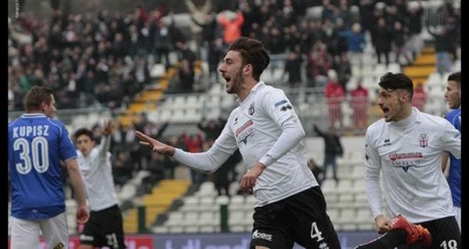 Il difensore toscano Mattia Bani debutta da titolare in Serie A
