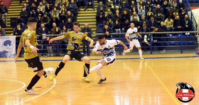 Calcio a 5/B. La Sandro A. rimonta a Taranto, cinquina Marigliano