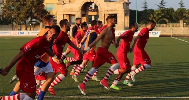 Il Molfetta Calcio a Otranto per tenere vivo il sogno play off