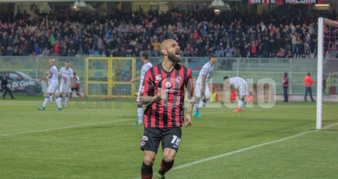 Tris rossonero all'Ascoli