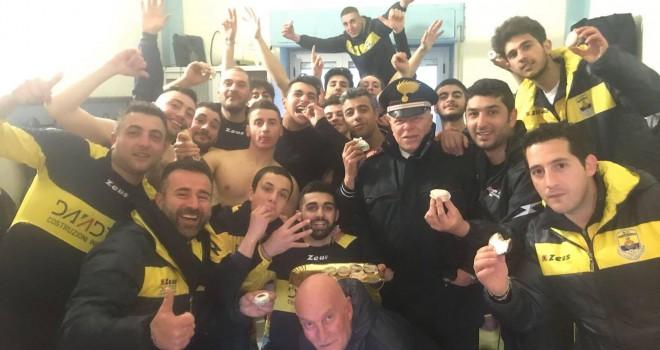 Colpo salvezza Montemurro: 4-1 allo Spinoso nel derby in 9 contro 11