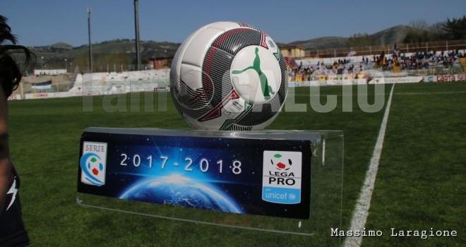 Casertana-Juve Stabia, le formazioni ufficiali del derby