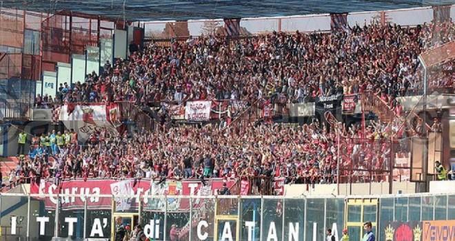 Il Trapani espugna Catania (1-2). Il Lecce domenica può regalarsi la B