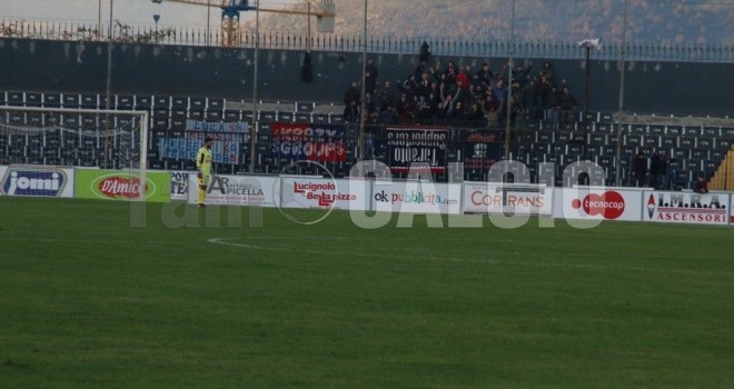 Tifosi del Taranto a Cava