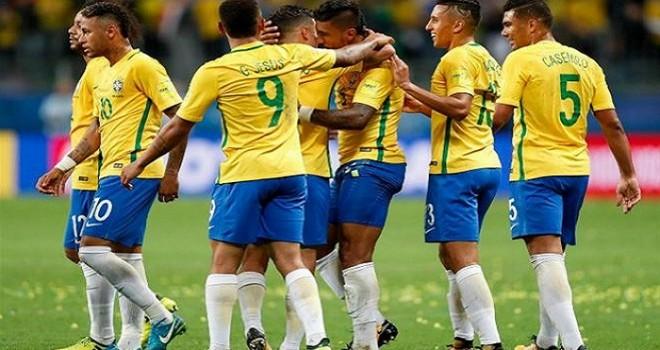 Russia 18. Esultano Brasile, Nigeria e Svizzera