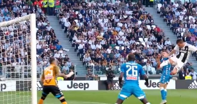 Un match di Serie A tra Juve e Napoli