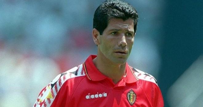 Vincenzo Scifo con la maglia del Belgio