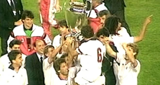 Franco Baresi con la Coppa dei Campioni