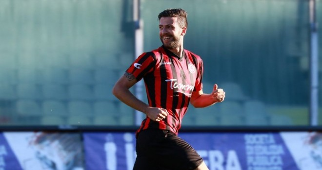 Iemmello e Noppert rilanciano il Foggia: 0-2 rossonero a Carpi