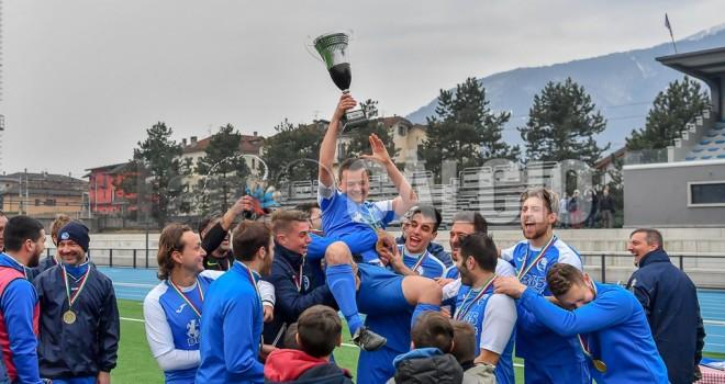 Il Virtus Villa alza la Coppa