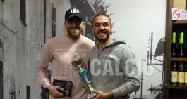 """Poi mostra con orgoglio il suo quarto trofeo: """"Punto ai 250 gol"""""""