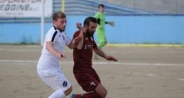 Archi Calcio, c'è il ritorno del difensore Peppe Alampi