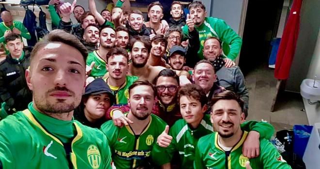 Il selfie-vittoria della Boys Caivanese